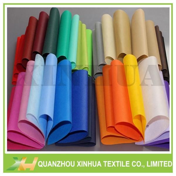 Multicolor 30-80gsm PP Spunbond Nonwoven Table Cov
