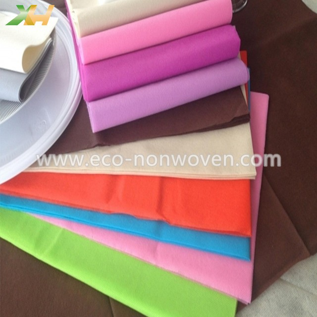 Folded Piece 45/50gr PP Nonwoven Tablecloth