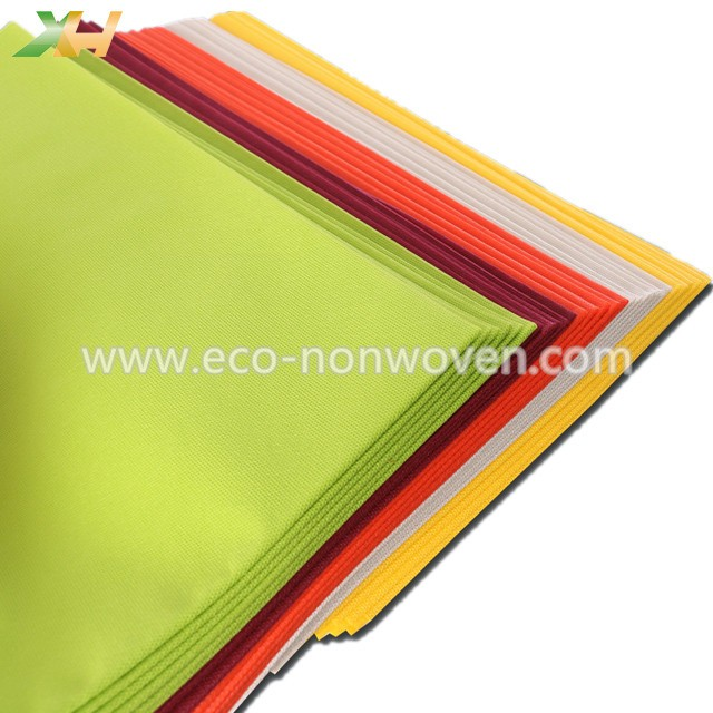 Xinhua textile factory supply pp spunbond disposable non woven table cloth