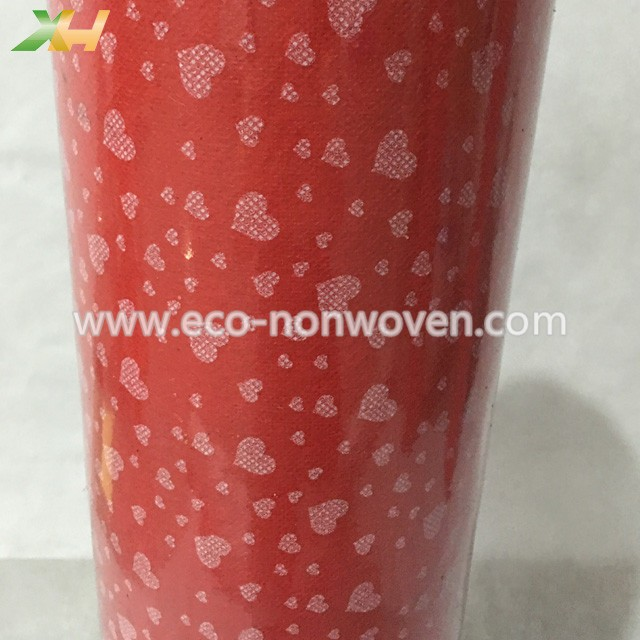Good Effect & Lovely White Heart Printing PP Spunbond TNT Nonwoven For Flowers