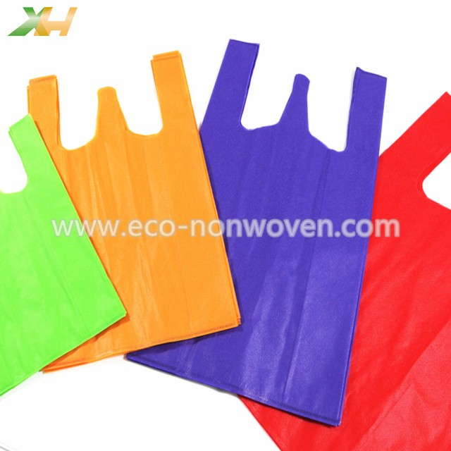 Eco-friendly cheap price non woven vest bag 40gsm t-shirt non-woven bag